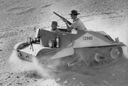 Um dos veículos com armas Bren usado por tropas australianas no Norte de África, em 07 de janeiro de 1941.