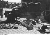Calais, Straßensperre, tote englische Soldaten