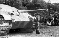 Frankreich, Panzer VI (Tiger II, Königstiger)