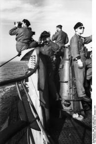 St. Nazaire, Uboot U 552, Besatzung