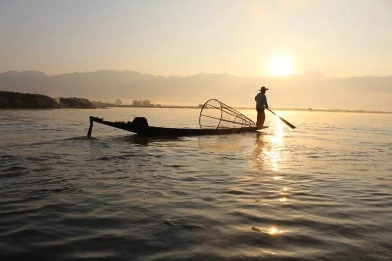 Ministro do Meio Ambiente anuncia liberação da pesca no País