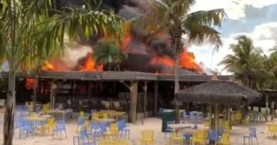 Incêndio atinge parque aquático em Goiás; não há feridos
