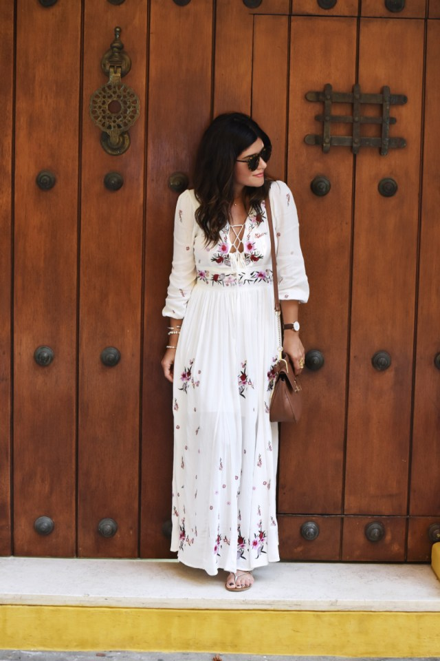 Chicwish floral white maxi dress 1