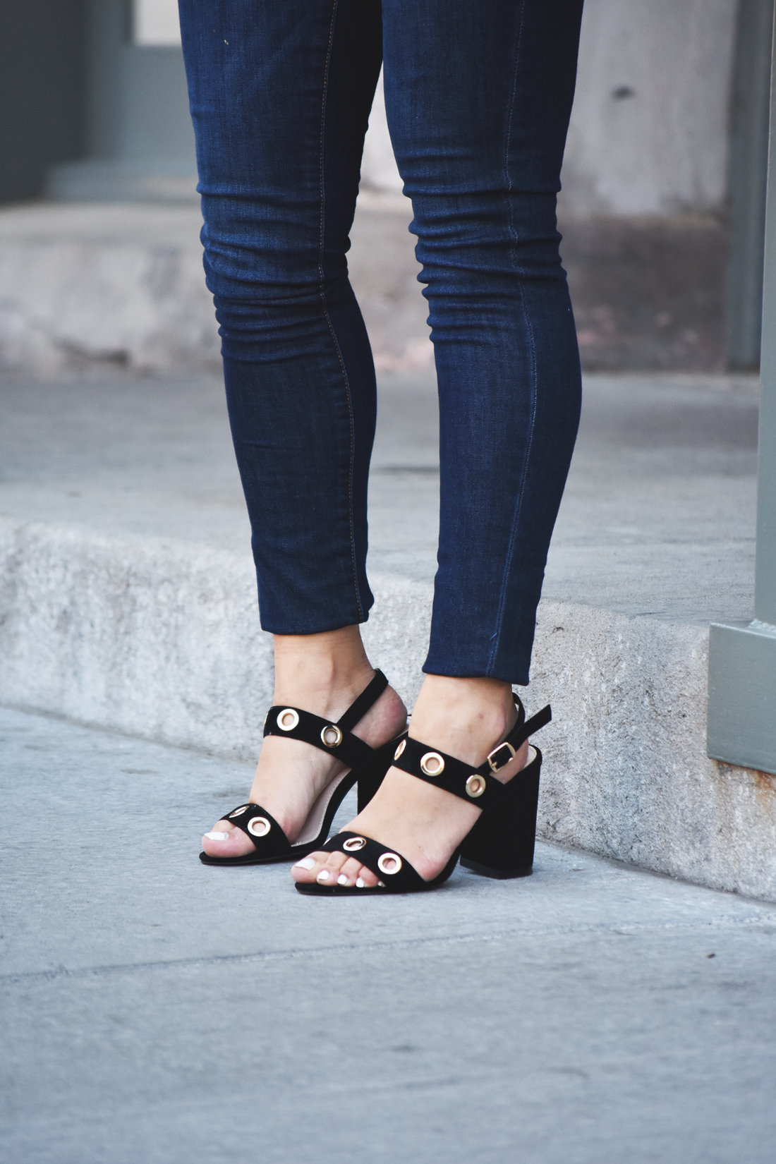 Public Desire black sandals, and Old Navy Rockstar skinny jeans
