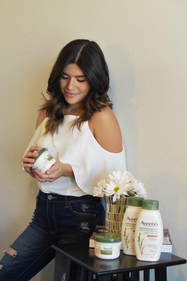 Carolina Hellal of Chic Talk wearing the new Aveeno yogurt lotion and body wash