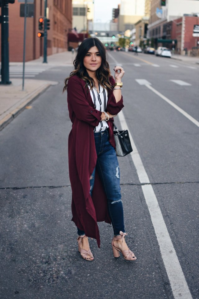 Carolina Hellal of Chic Talk wearing a Shein long burgundy cardigan, Ashley Mason skinny jeans, Topshop blush sandals, and a Ralph Lauren bag