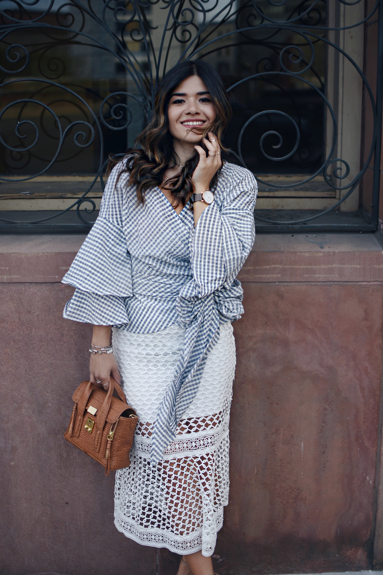 AN ULTRA FEMININE SPRING OUTFIT