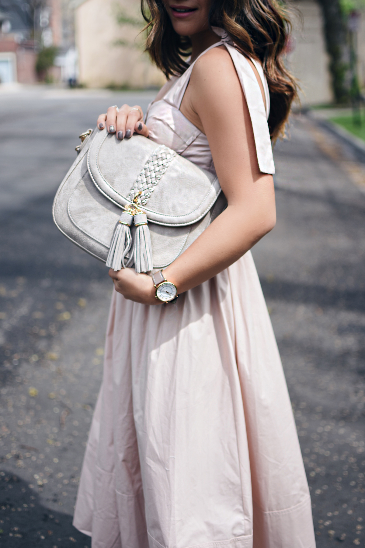 Carolina Hellal of Chic Talk wearing Chicwish blush A lines dress, Steve Madden ankle strap sandals and Moda Luxe bag