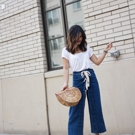 HOW TO STYLE JEANS AND T-SHIRTS IN THE SUMMER
