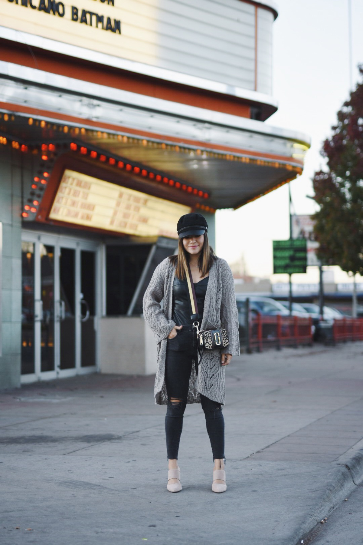 Carolina Hellal of Chic Talk wearing a Chicwish cardigan, h&m hat , madewell jeas and marc jacobs bag