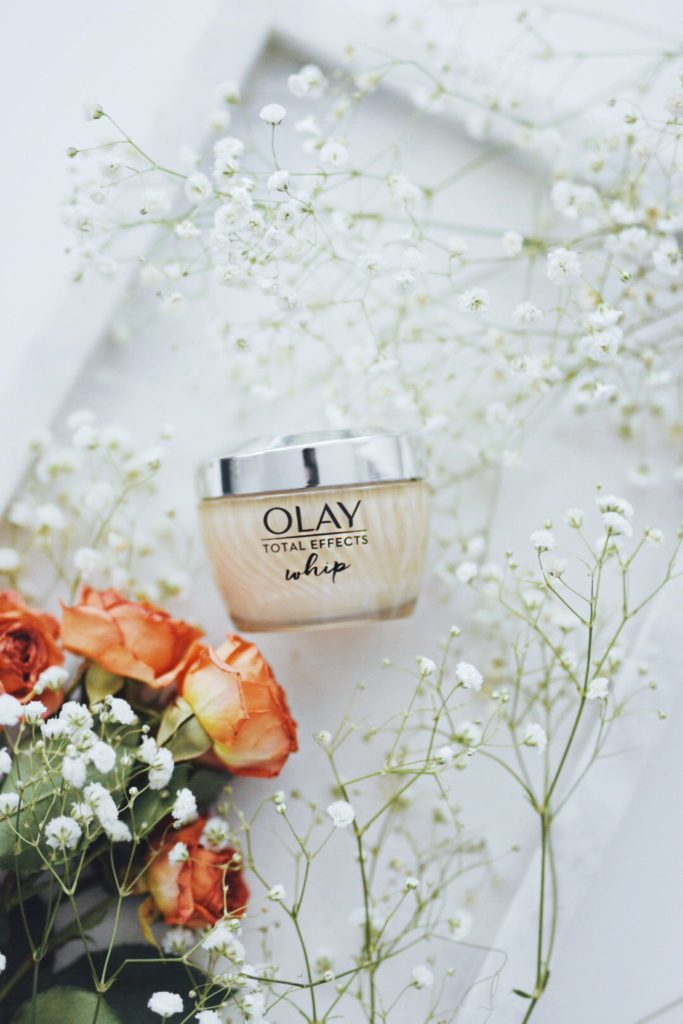 SOLVING WINTER SKIN PROBLEMS WITH OLAY WHIP