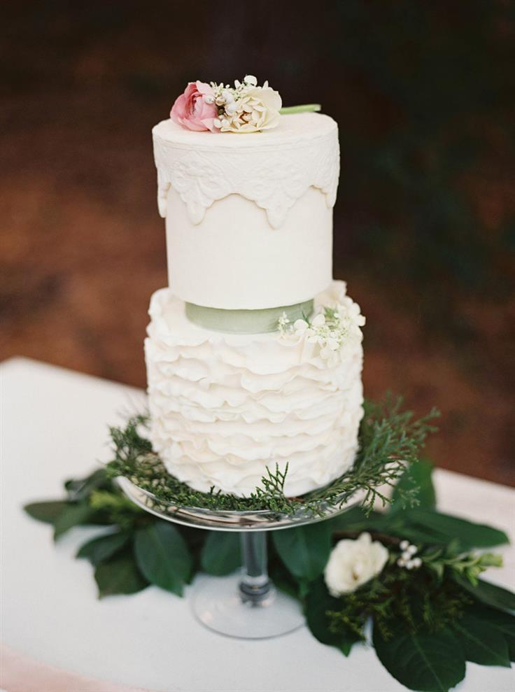 An Elegant Woodland Wedding Inspiration Shoot  Chic Vintage Brides