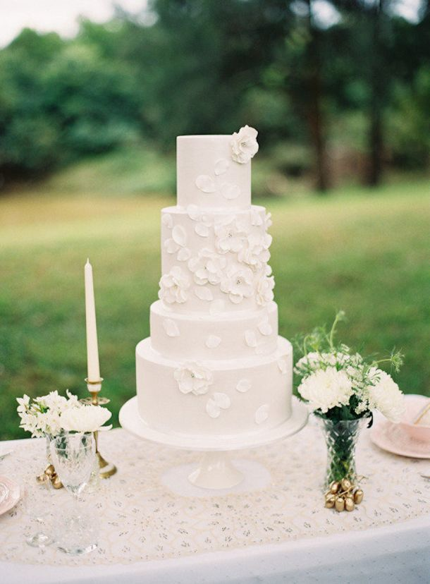 Delightful Delicious Spring Wedding Cake Decorations Chic