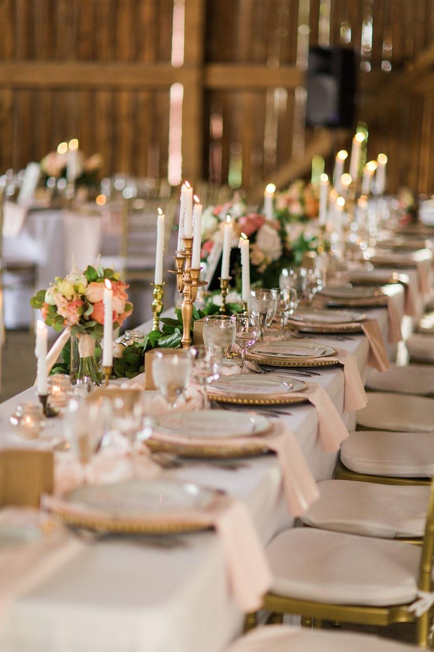 Elegant Barn Wedding Decor - A Romantic Modern-Vintage ...