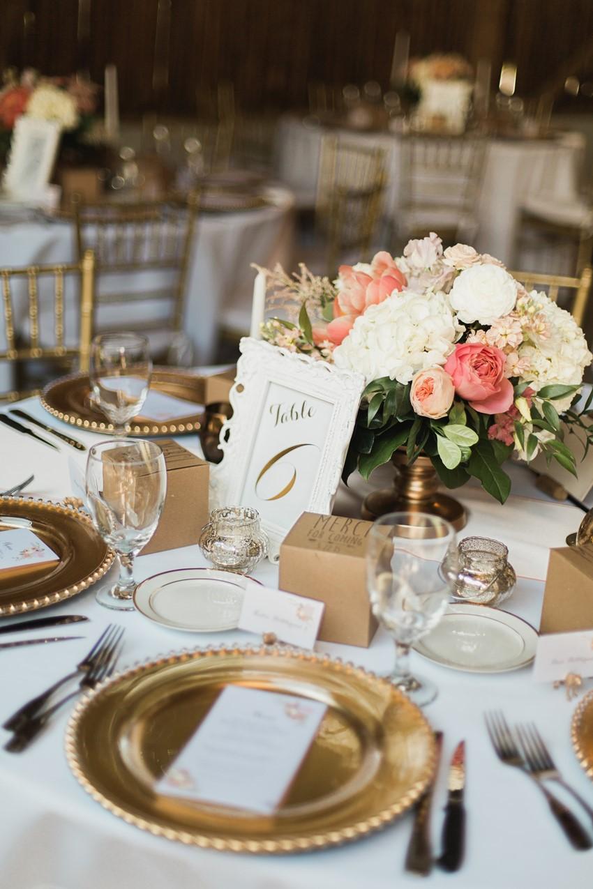 Elegant Barn Wedding Tablescape - A Romantic Modern ...