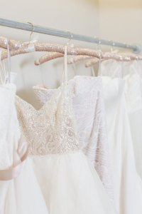 10 Beautiful Wedding Dress Hangers - Chic Vintage Brides ...