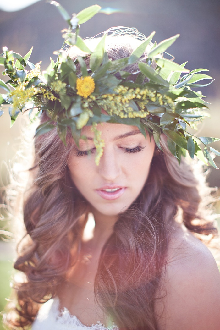 Chic Wedding Hairstyles  Here we will give you lots of chic wedding hairstyle tips