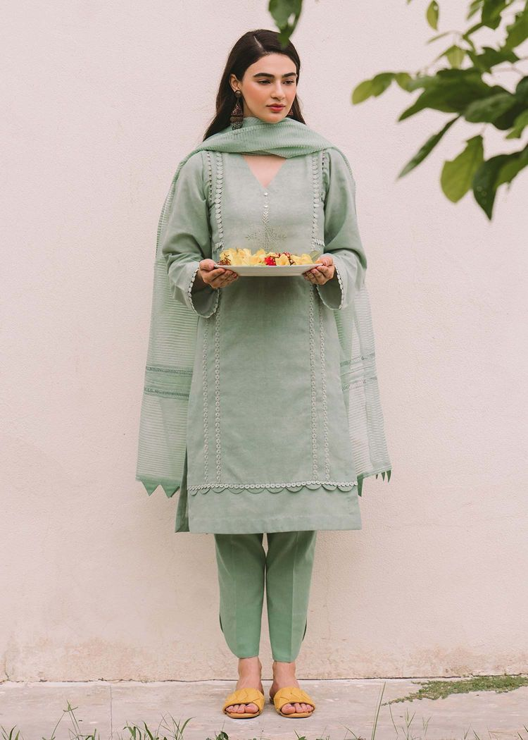Salwar Kameez Traditional Dress
