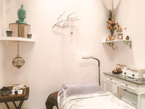 Microblading Treatment Room Sugar and Spice Salon Virgin Islands • chidibeauty.com