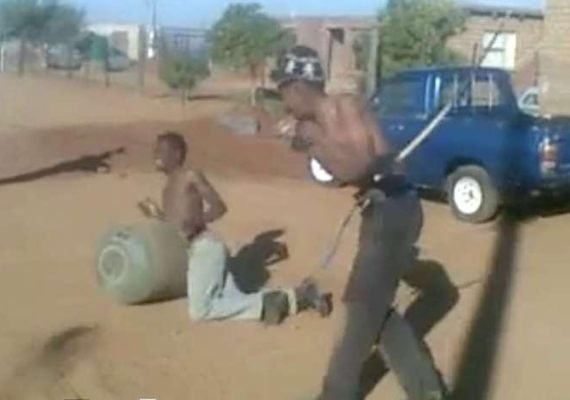 Two Thief caught and asked to fight each other