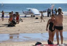 Trainee pilot and instructor arrested after a girl and 56 years old man in emergency landing on beach
