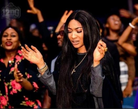 Nollywood actress Tonto Dikeh turns preacher after she undergo plastic surgery