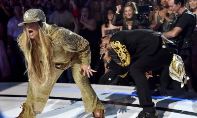 Hilarious! Jennifer Lopez and Ja Rule put a dramatic act at VMA awards -Photo