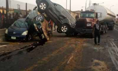 Petrol tanker crushes 5 cars on New Year's eve in Lagos (Photos)