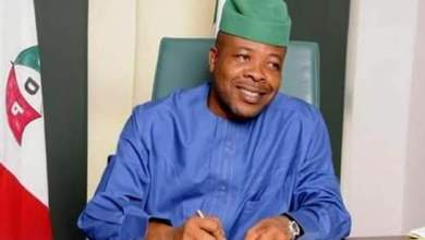 Just In: Use EFCC to recover looted funds, properties, Imo lawmakers tell Ihedioha