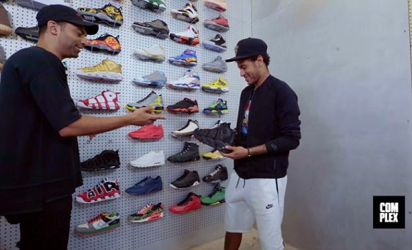 Barcelona Star, Neymar Splashes Over £14,000 On Trainers In US (See Photos)