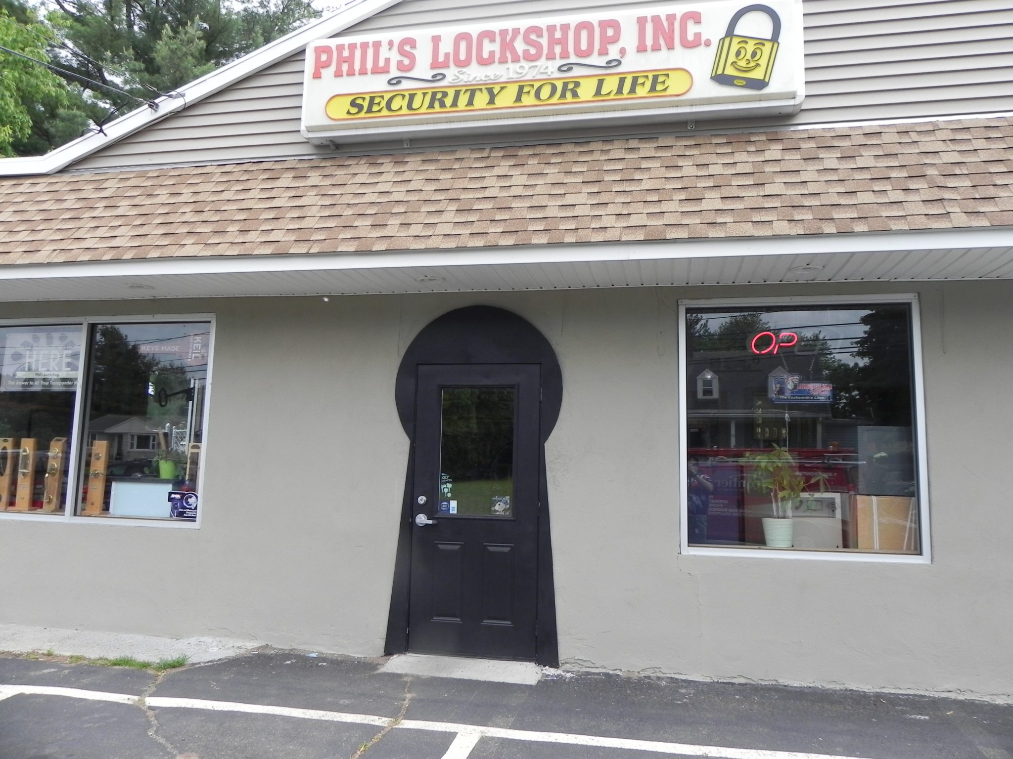 Phil's Lockshop in Meriden