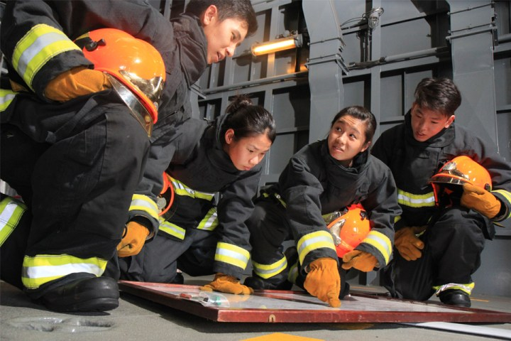 Firefighters-planing