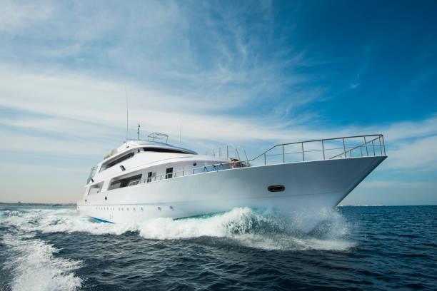 luxury-super-yacht