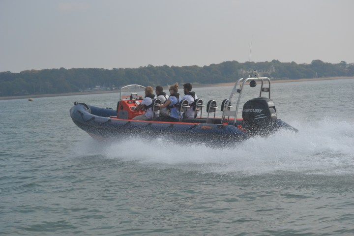 powerboat-across-sea