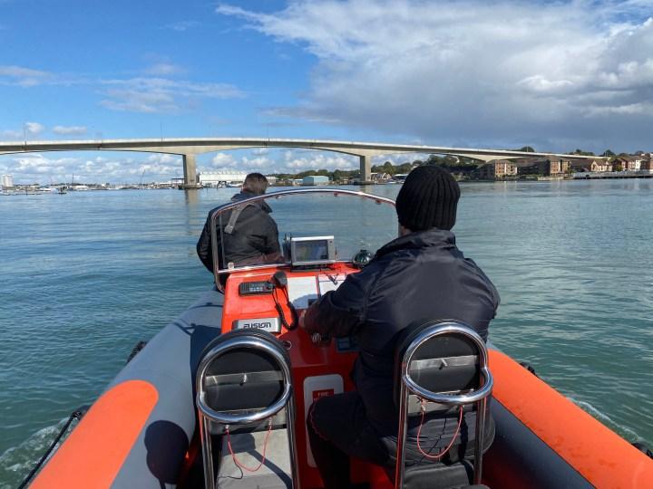 powerboat-tender-operator