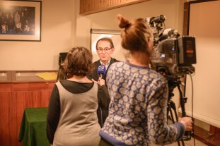 """Interview by Telesambre - Belgium during the presentation of the film """"El Perro sin Pelo del Perú"""" at the headquarters of the FCI. Photo by Alessandro Pucci"""