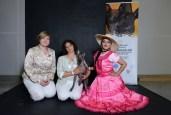 Lucy Nikitochkina - President of the Club of Peruvian Hairless Dog, Larissa Ivanova, Apollon Foibos Dafnij van Edelsieger and Debora Chirinos - Dancer Director of Marca Peru