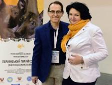 "Pedro Santiago Allemant – movie Director and Tetiana Borysova – Federation Cynologique International ""FCI"" judge – Ukraine. Photo by: Mauricio Alvarez"