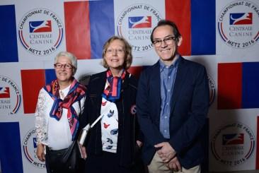 Anne Marie Class (Secrétaire adjointe - SCC), Hélène Denis (Vice Présidente - Association canine de la Lorraine) et Pedro Santiago Allemant (réalisateur du filme). Photo by Mauricio Alvarez