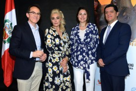 Pedro Santiago Allemant - Movie Director, Carina Shawati - owner of Peruvian Hairless Dog, Katia Tonkovid - Embassy of Peru in the Federation of Russia and Jose Rodriguez - Counselor of Embassy of Peru in the Russian Federation. Photo by Mauricio Alvarez