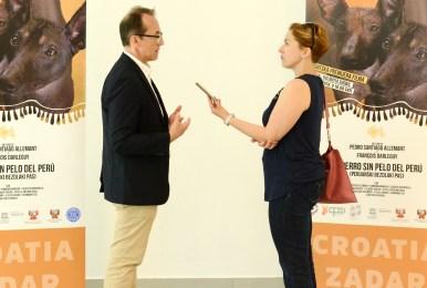 Pedro Allemant en una entrevista de la periodista Anamarija Bilan de Zadarski Post, Croacia. Foto: Mauricio Alvarez.