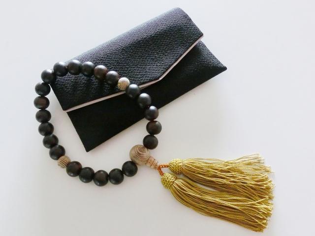 葬式 数珠 色