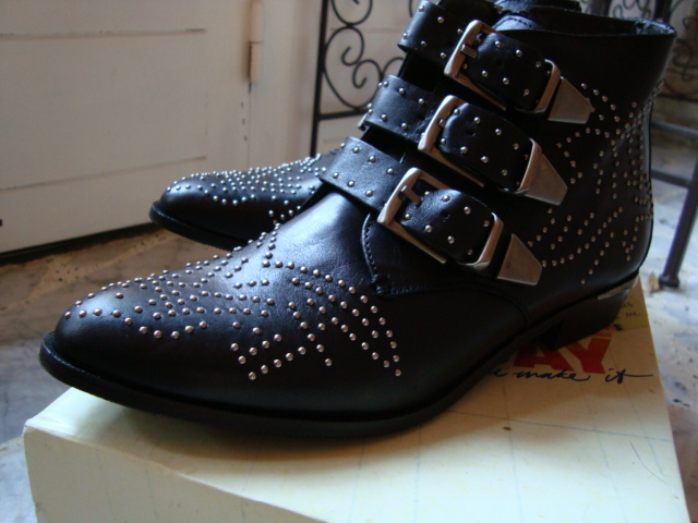 chaussures01360.jpg