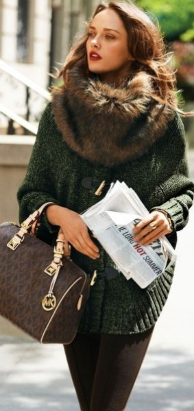 outfit-faux-fur-snood.jpg
