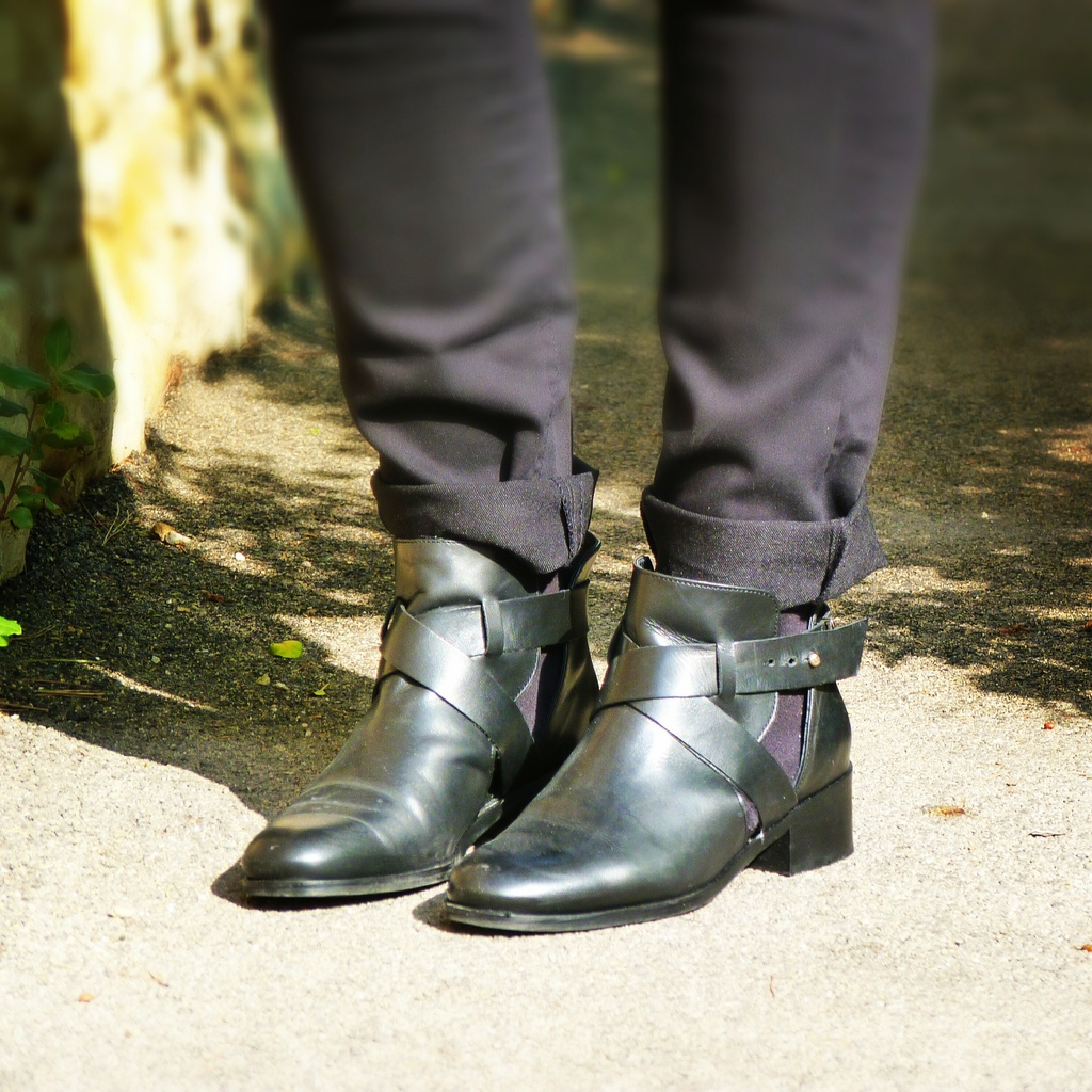 Boots Carvela