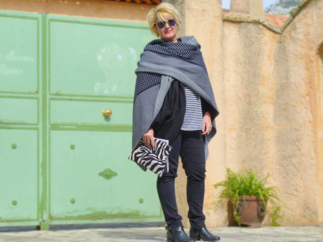 Look en cape ou la mode version éthique