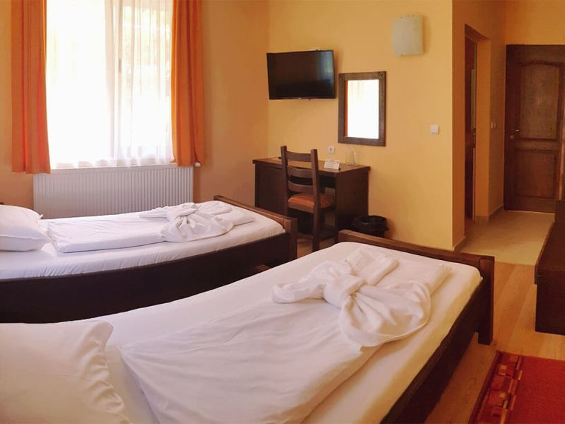 Family Hotel Chiflik Hills Double room