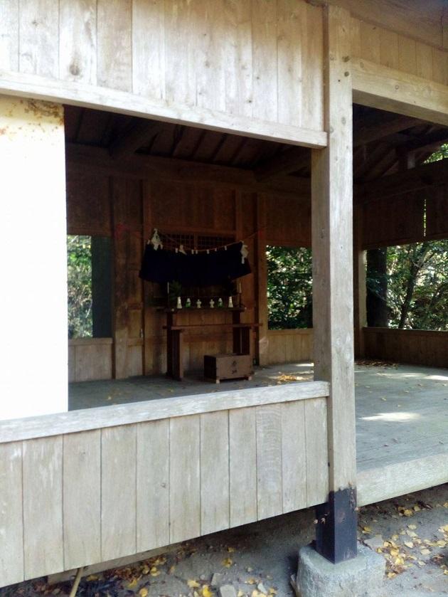 yanaidani-kawauchijinja0010