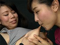 まさに母乳シャワー!佐倉ひなのちゃんの長乳首から飛び散るミルクがエロい!