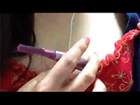 眉シェーバーの振動で乳首オナニーをしている配信動画が最高レベルにエロイ!